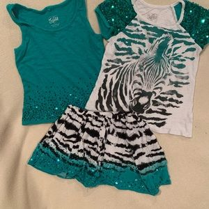 Set of 3. Sequin Tank top, t-shirt and skirt/skort